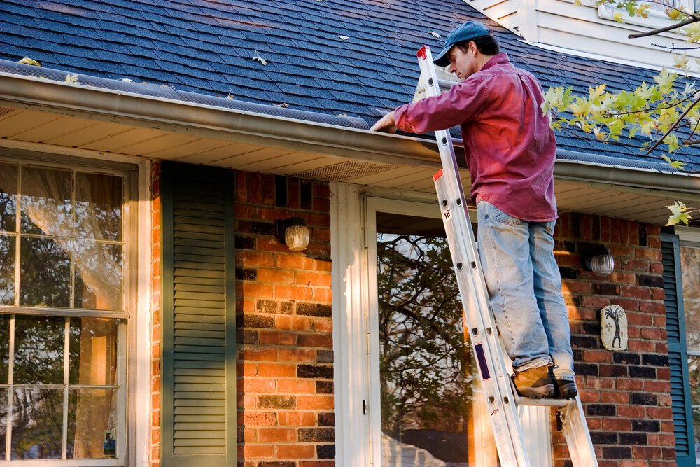 Winter Roofing Tips: How to Prepare for the Cold